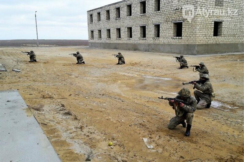 Учебные бои военных начались на западе Казахстана, фото-3