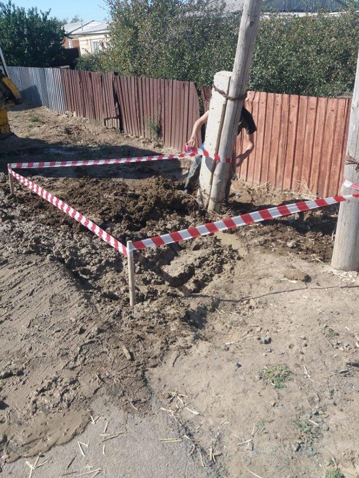 В Атырауской области несколько раз прорвало водопровод (фото), фото-4