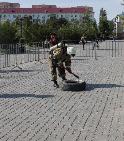 Пожарные устроили соревнование по кроссфиту в Атырау (фото), фото-3