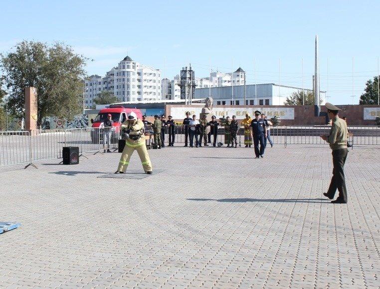Пожарные устроили соревнование по кроссфиту в Атырау (фото), фото-5