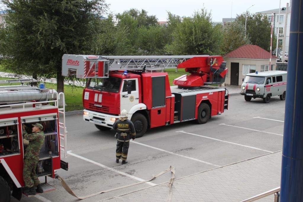 Университет «загорелся» в Атырау (фото), фото-2