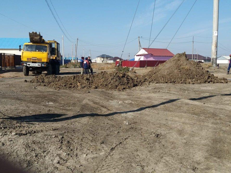Водопровод повредили в Атырауской области (фото), фото-3