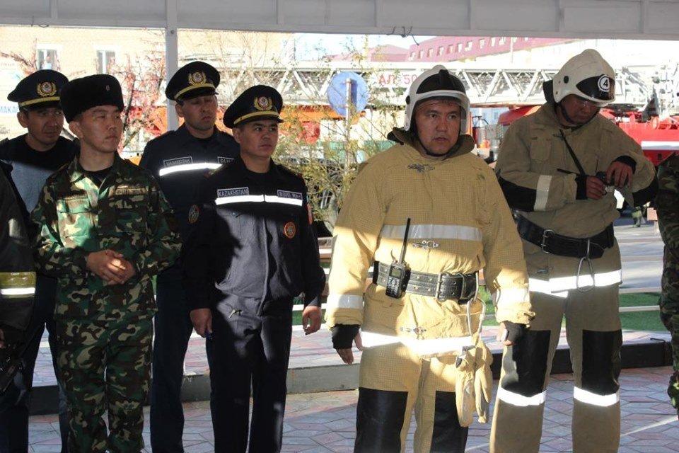 В Атырау пожарные «тушили» гостиницу (фото), фото-14
