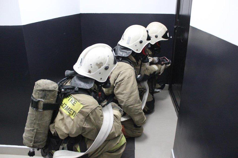 В Атырау пожарные «тушили» гостиницу (фото), фото-10