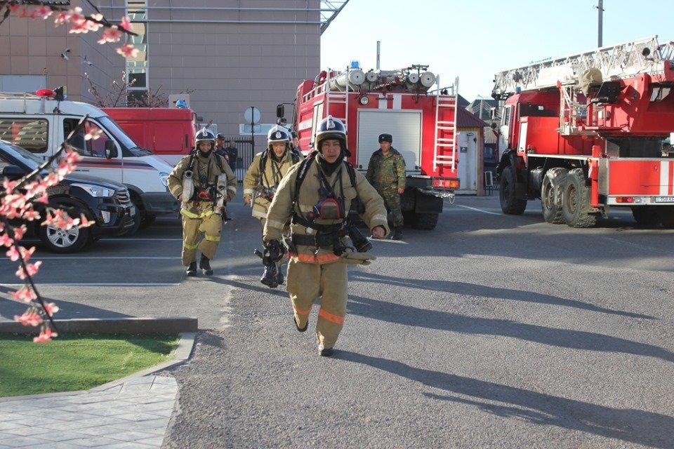 В Атырау пожарные «тушили» гостиницу (фото), фото-4