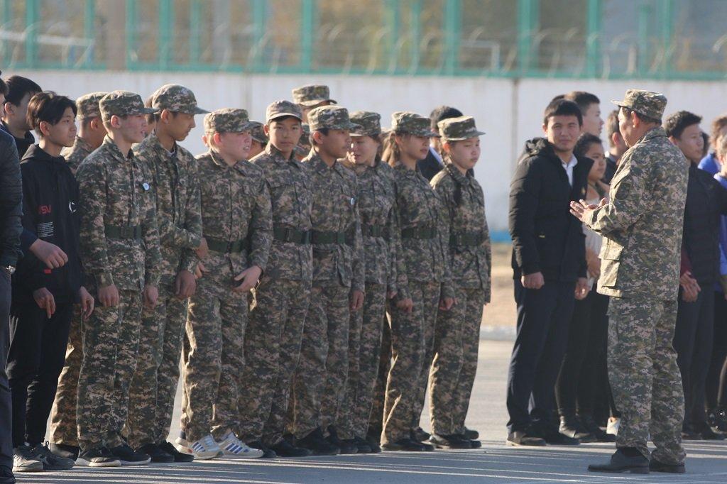 Атырауские военные показали подросткам армию (фото), фото-3