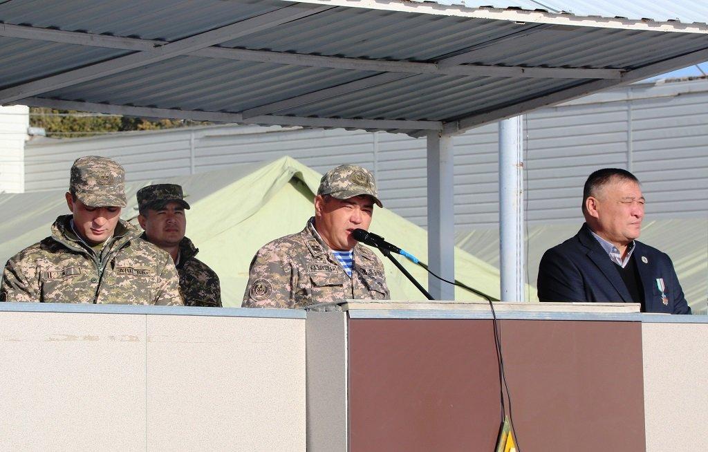 Атырауские военные показали подросткам армию (фото), фото-4