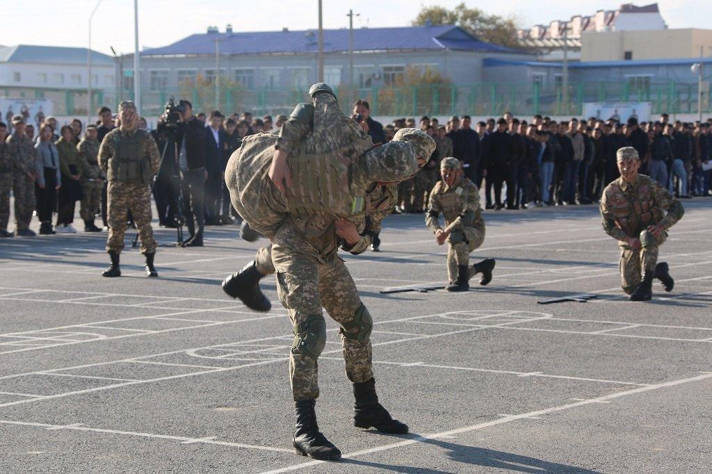 Атырауские военные показали подросткам армию (фото), фото-7
