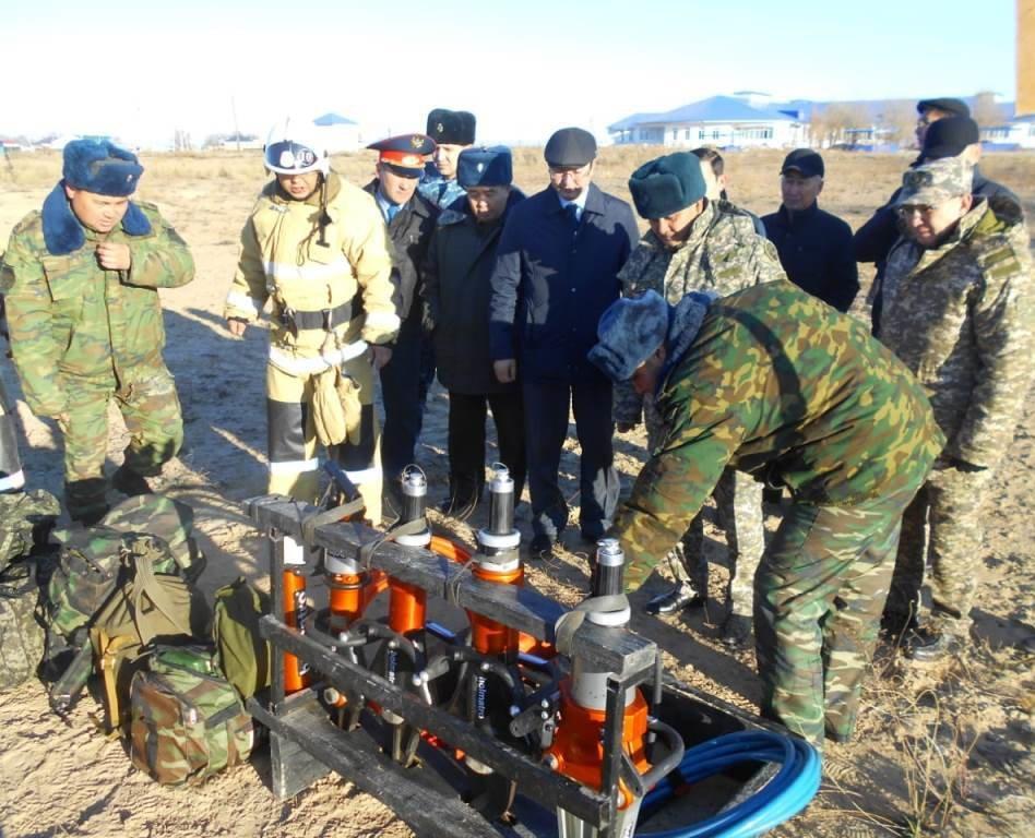Республиканские учения спасателей проходят в Атырауской области (фото), фото-12