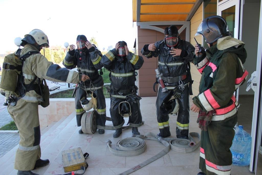Пожарные Атырау провели учения в НИШ (фото), фото-5