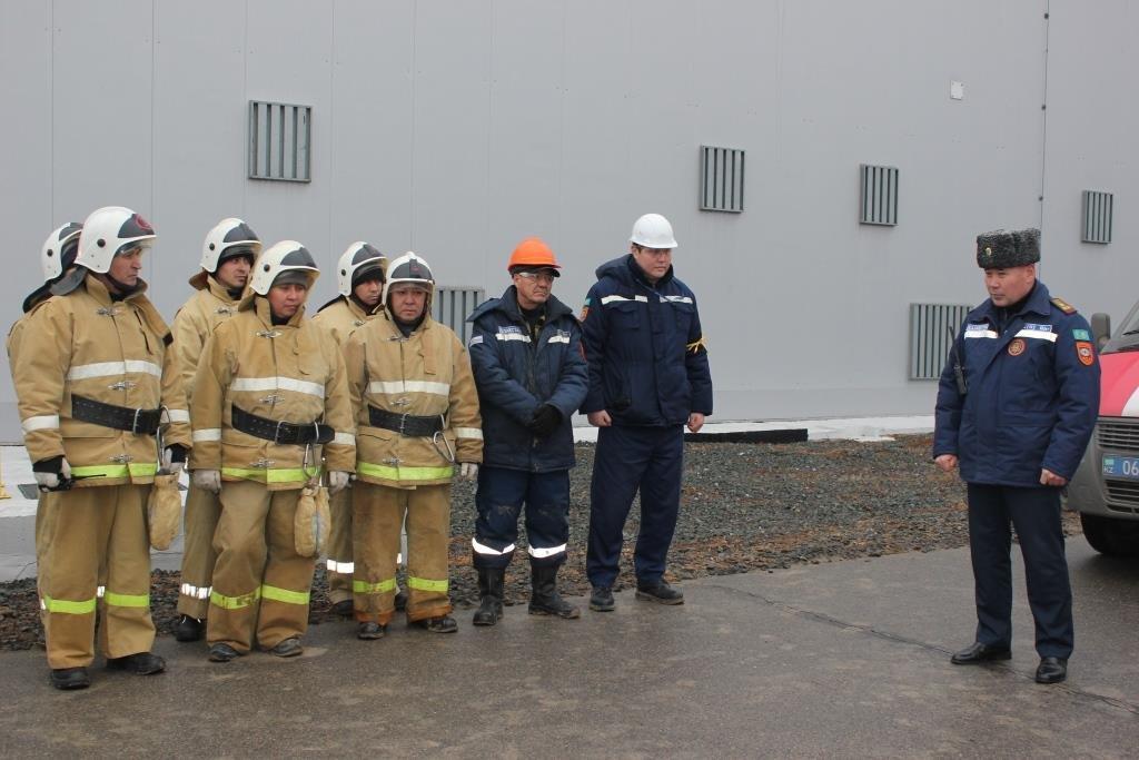 Пожарные учения на нефтяном хранилище прошли в Атырауской области (фото), фото-19
