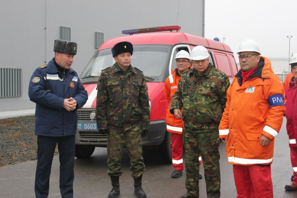 Пожарные учения на нефтяном хранилище прошли в Атырауской области (фото), фото-18