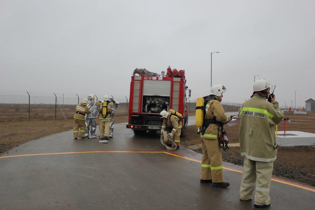 Пожарные учения на нефтяном хранилище прошли в Атырауской области (фото), фото-6