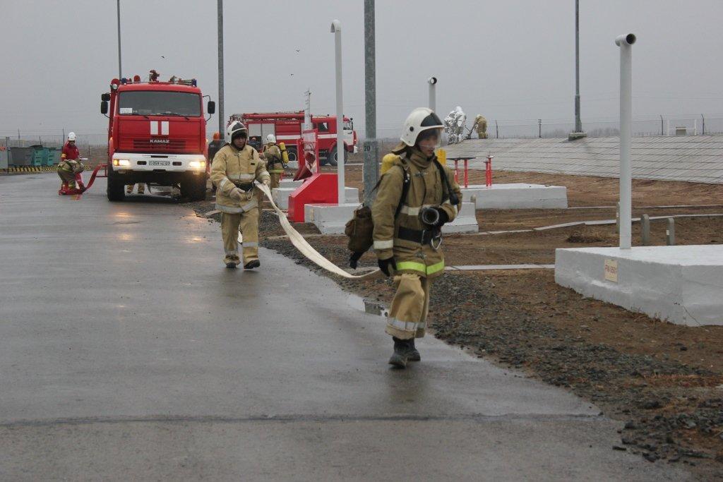 Пожарные учения на нефтяном хранилище прошли в Атырауской области (фото), фото-9