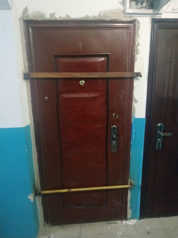 В Атырау заварили дверь квартиры-наркопритона, фото-4
