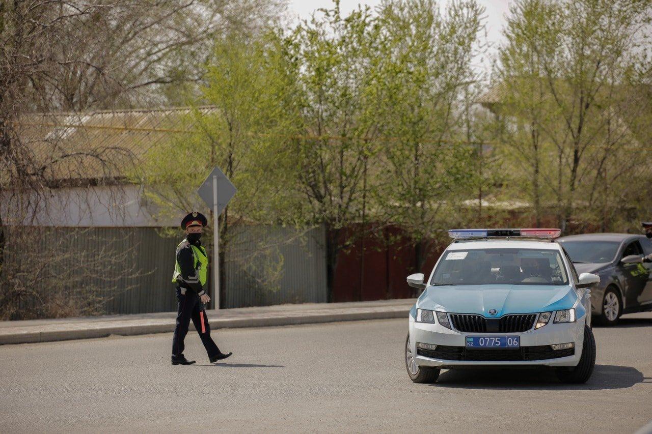 Аким Атырауской области проверил соблюдение карантинных мер в городе, фото-1