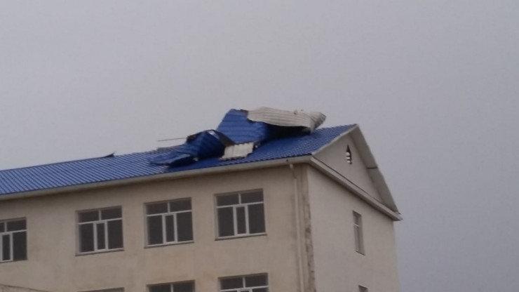 Ураган сорвал несколько кровель в Атырауской области, фото-2