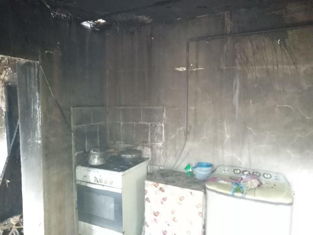 Четверых жителей Атырауской области госпитализировали после хлопка газа, фото-1