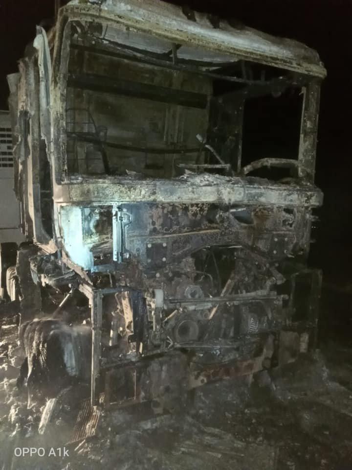 Фура горела на трассе в Атырауской области, фото-2