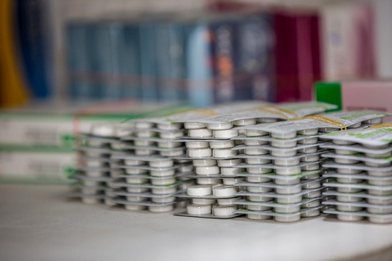 Партию дефицитных медикаментов доставили в Атырау, фото-3