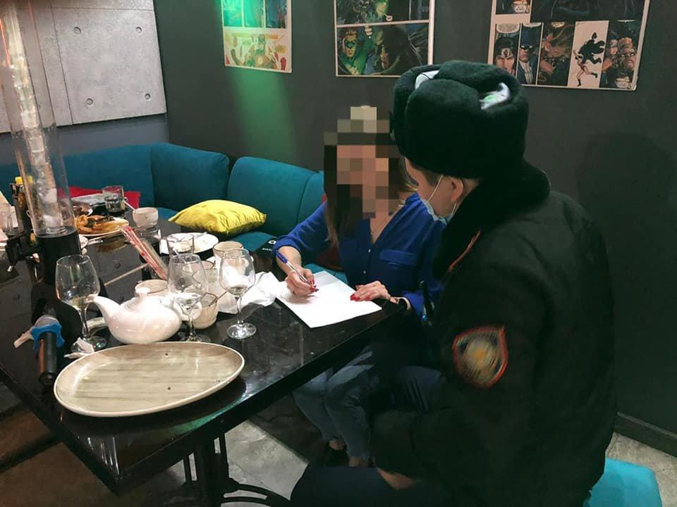 Караоке-клуб в Атырау в восьмой раз попался на нарушении карантина, фото-1, ДП Атырау