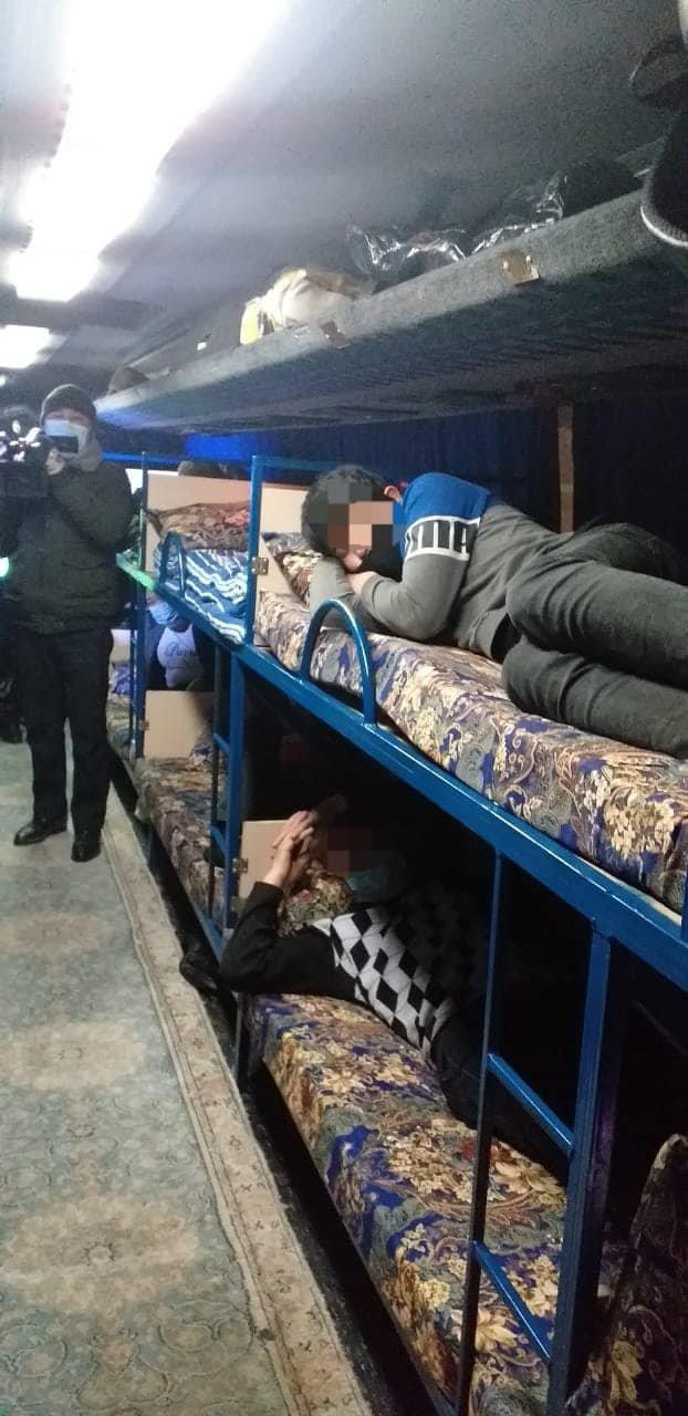 Автобус марки Vanffool переоборудовали гостиницу на колесах