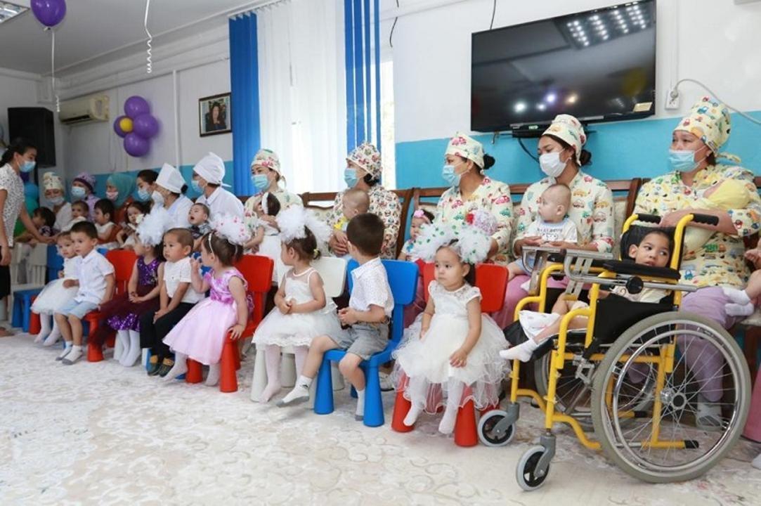 В учреждении воспитывается 23 ребенка, фото пресс-службы акима Атырауской области